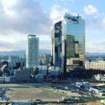 大阪のロボットビル、梅田スカイビル。建物と空のバランスが好き (Instagram)